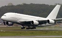 У крупнейшего в мире лайнера А-380 возникли первые неполадки