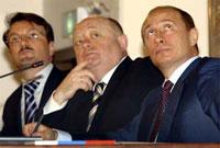 Санкции свыше на увольнение министров у Фрадкова, скорее всего