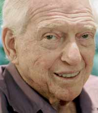 Сидни Шелдон умер в окружении родных