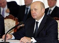 Фрадков видит большое поле сотрудничества с Узбекистаном