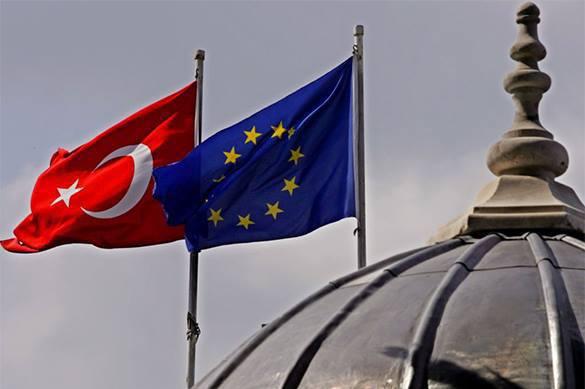 BBC: Еврокомиссия будет отменять визовый режим с Турцией