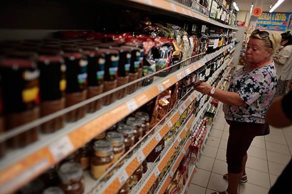 Белоруссия заморозила цены на продукты