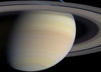 Сатурн поставил под сомнение законы тяготения