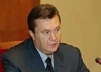 Янукович и Ющенко вступили в заочную перепалку