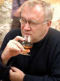 Умер в Лондоне сорока семи лет. Биография Ильи Кормильцева