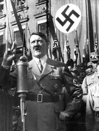 Некоторые неонацисты утверждают, что Гитлер не покончил жизнь