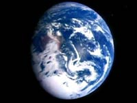 У Земли 9 тысяч мусорных спутников