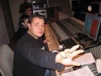 Певец Сергей Жуков стал продюсером. Он курирует новый проект и