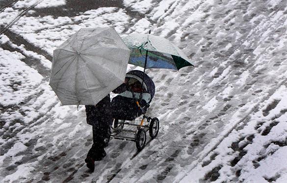 В Болгарии из-за снегопадов объявлен красный уровень опасности
