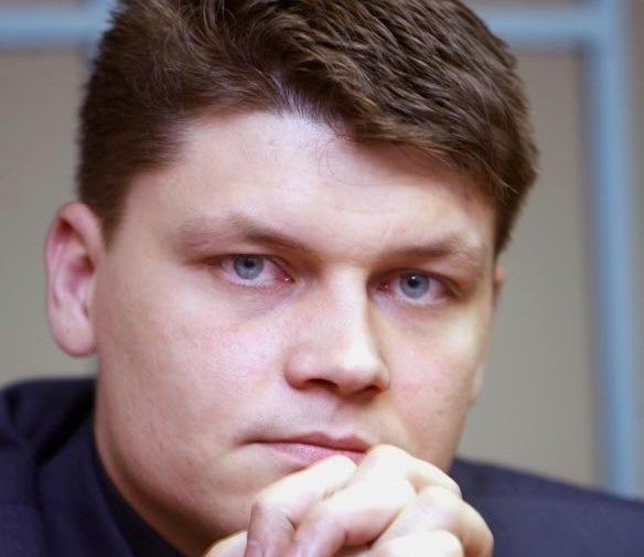 Источники: Экс-офицер Сергей Аракчеев на свободе и надежно укрыт