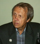 Владимир Шатаев