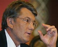 Ющенко просит Януковича перевести кино на мову