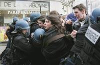 Французские студенты прекращают учиться?