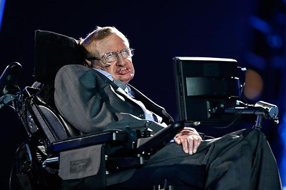 Стивен Хокинг: Искусственный разум - самый опасный помощник человека