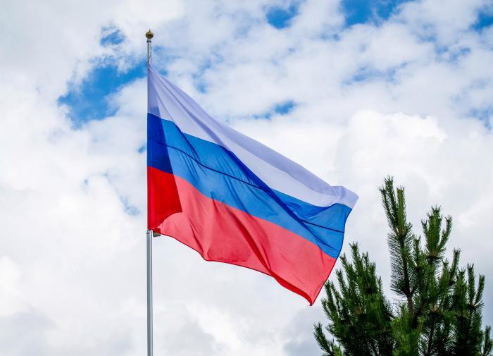Челябинск: неизвестные за ночь подожгли двери пяти квартир в