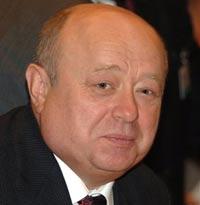 Фрадков: удвоение ВВП не должно сидеть на