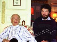 На фото драматург М.Волохов (справа) с Эженом Ионеско