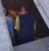 Сын заточил мать в подземелье