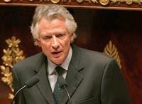 Премьер-министр Франции ищет выход из
