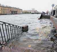 Санкт-Петербург уходит под воду в 302 раз
