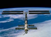 Летящий к МКС корабль