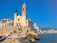 Барселона: нудистским пляжам – Да, а «евро-хиппи» – Нет!