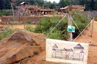 Строительство замка началось еще в 1997 г. и должно закончиться