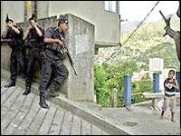 Во время учений бразильские полицейские убили ребенка и ранили