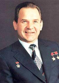 Уроженец Владимирской земли, славной своей медовухой, космонавт