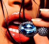 Какое украшение выдает страстное желание женщины?