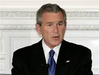 Буш и Конгресс теряют доверие народа