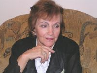 Римма Казакова: Почему не покупают поэзию?