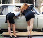Проститутки снимают клиента