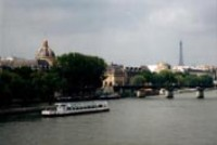 В Париже запретили бикини
