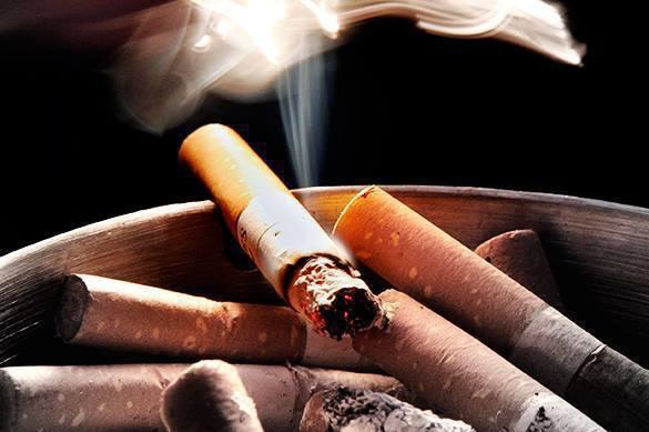 В Минюсте рассказали, почему нельзя ввести пожизненный запрет для россиян на курение