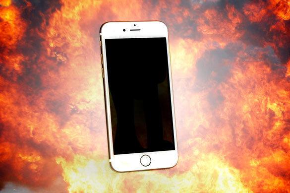 На Apple подали в суд с требованием приостановить продажи iPhone