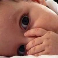Приемный ребенок принес в семью родного малыша