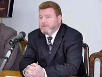 Вдова Евдокимова призывает судить чиновников