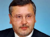 Самолёт министра обороны Украины вынужденно вернулся в Киев