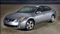 Nissan не собирается долго использовать силовые установки Toyota
