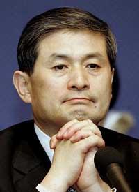 Южнокорейский ученый Ву Сук Хван, который клонировал первую