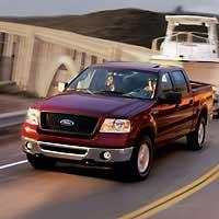 Лидер продаж 2005 года: Ford F-Series пикап. Продано свыше 900