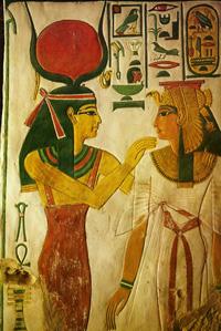 Богиня Хатхор и царица. Роспись из гробницы Нефертари. 13 в. до