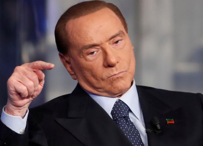 Папа Римский долетел до Турции