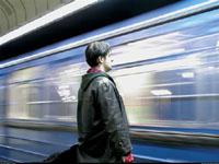В московском метро вспоминают пассажиров взорванного поезда