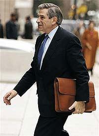 У главы Всемирного банка дырявые носки и не хватает денег
