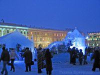 Около Зимнего дворца хотят построить рождественский Ледяной