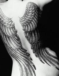 Как избавиться от надоевшей татуировки?
