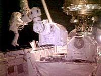 Космонавты МКС приступили к выходу в открытый космос