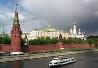 Иностранные туристы начинают охотнее ехать в Москву